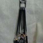 Cuir noir Jaspe 95 $ CND