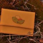 Cuir jaune clair vendu